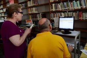 Libros y credenciales contarán con código de barras para facilitar el préstamo.