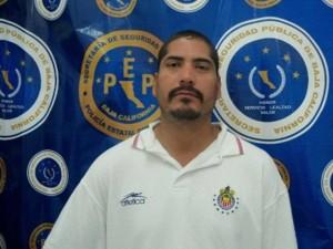 Uno de los fugitivos es originario de la ciudad de Hermosillo, Sonora,  y era requerido por la ley desde el año 2011, el otro detenido era buscado  por un  robo cometido en el 2012