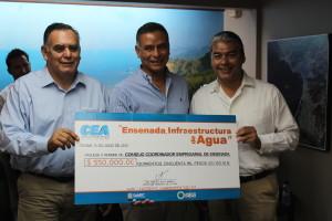 """Firmaron  convenio de coordinación para el desarrollo del proyecto """"Ensenada infraestructura del agua""""."""