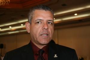 Presidente del Colegio de Contadores, Carlos Ibarra Aguiar